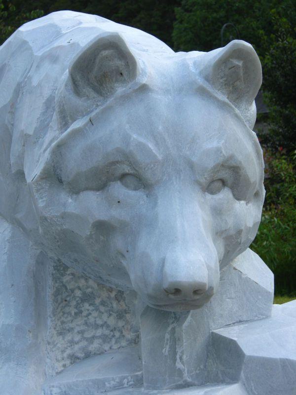 Loup, Marbre de St. Béat, St. Béat